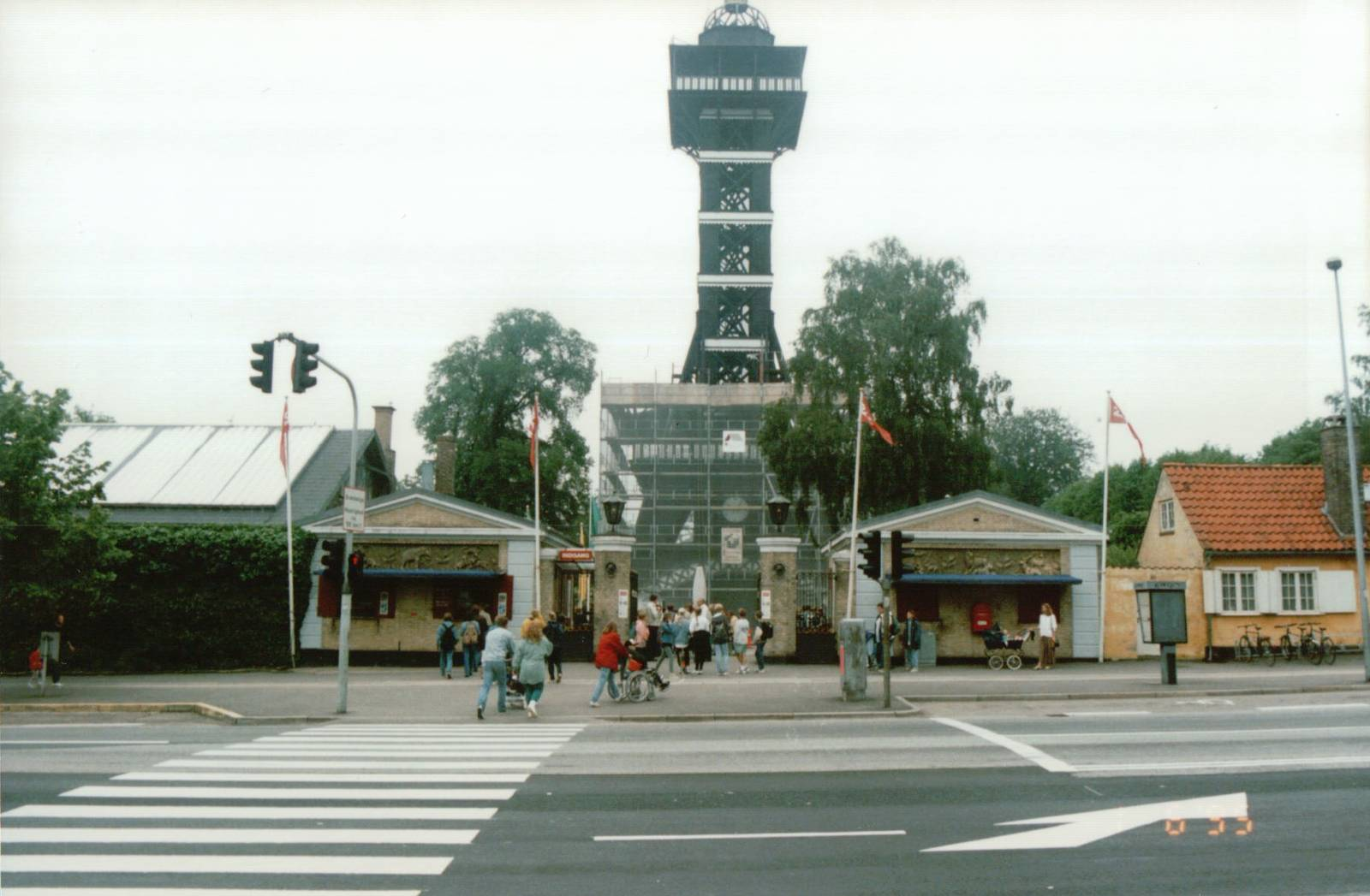 Copenhagen Zoo 1995 The Old Main Entrance And The Historic Zoo Tower Zoochat