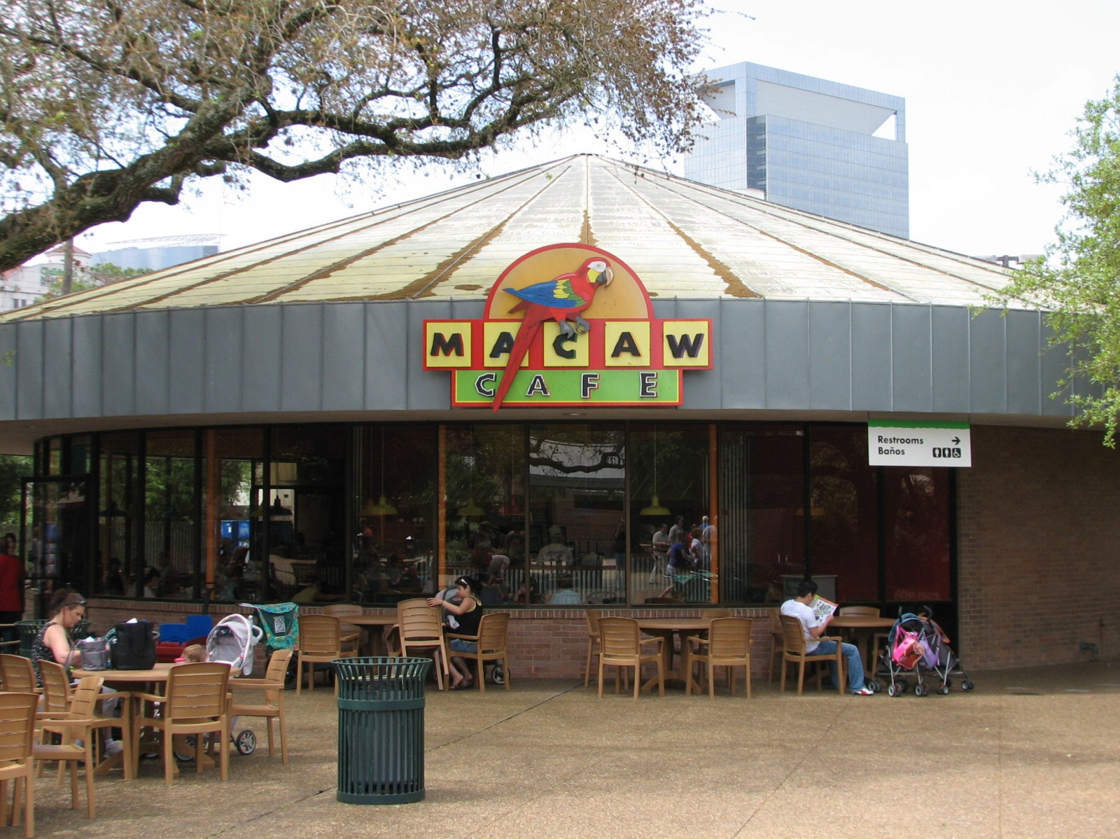 Macaw Cafe | ZooChat